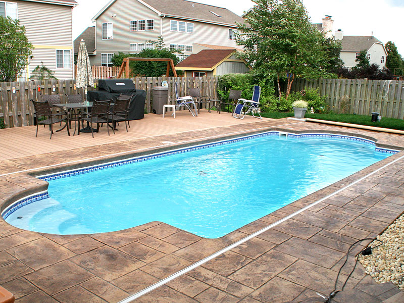 Pool designs inc eco friendly viking pools fiberglass for Pool design inc
