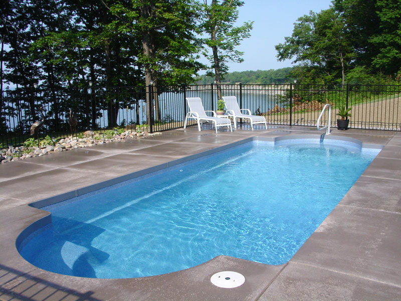 Pool designs inc classic model viking pools fiberglass for Pool designs yardville nj